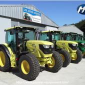 Tracteurs équipés de panneaux polycarbonate